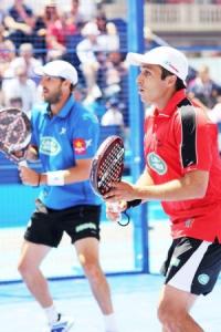 Juan Martín Díaz y Fernando Belasteguín juntos en un partido World Pádel Tour