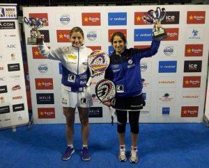 Iciar Montes y Alejandra Salazar tras ganar un torneo profesional