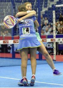 Iciar Montes y Alejandra Salazar celebran la consecución del WPT Valencia 2013